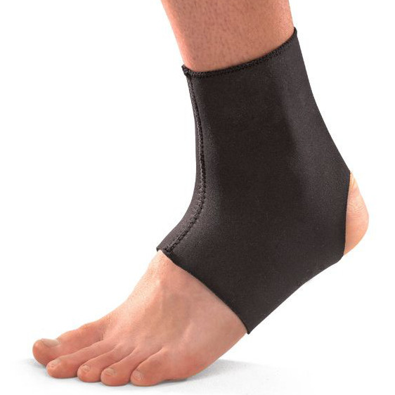 mueller neoprene blend ankle support.jpg